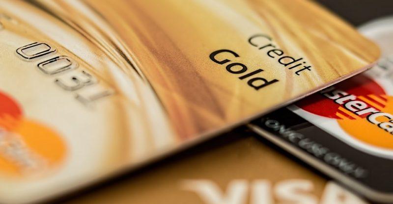 Carta Oro: che cos'è, quali sono i requisiti ed i vantaggi della Carta di Credito Oro